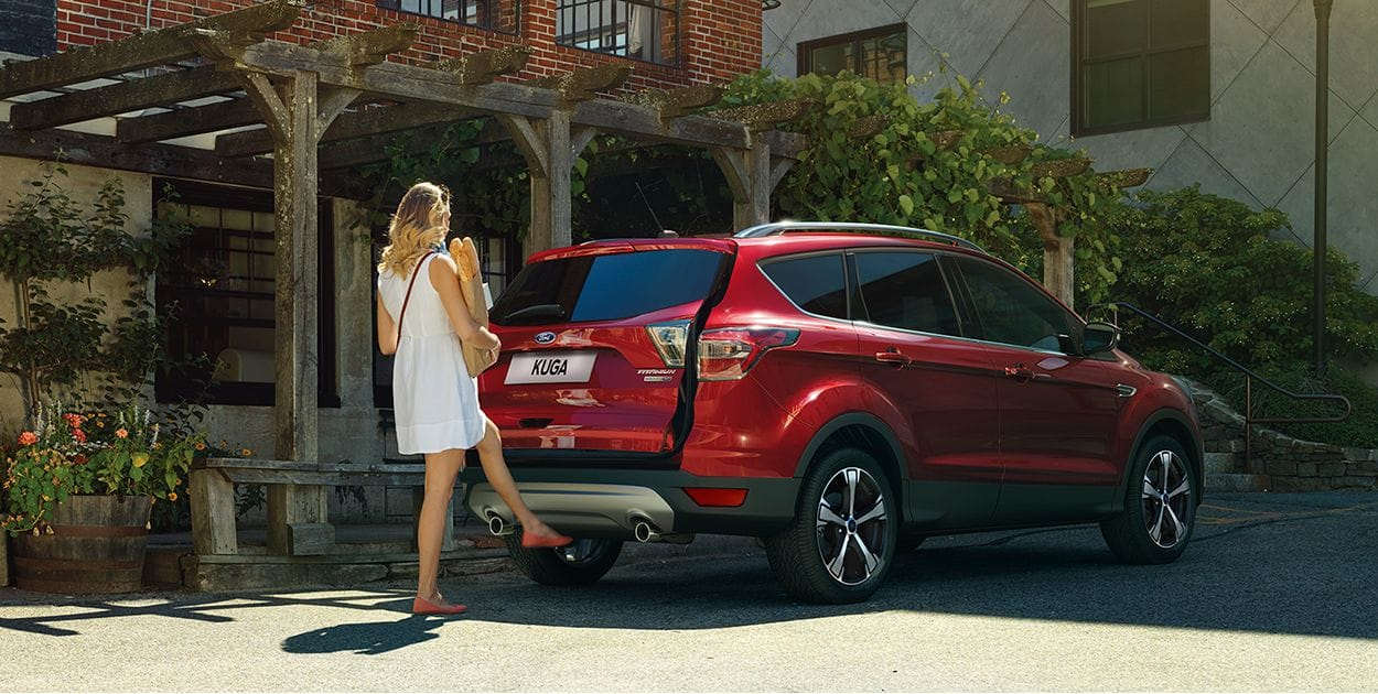 FORD KUGA Titanium AT  18