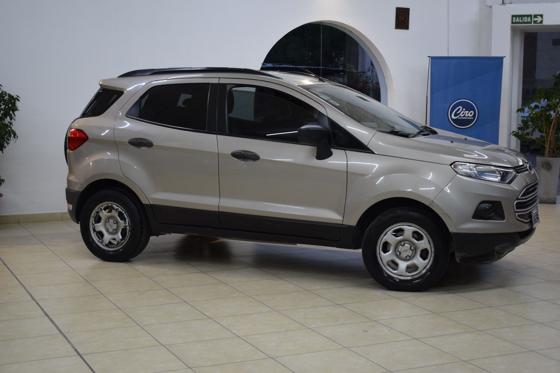 Ford ECO SPORT 1.6 SE              L 13  3