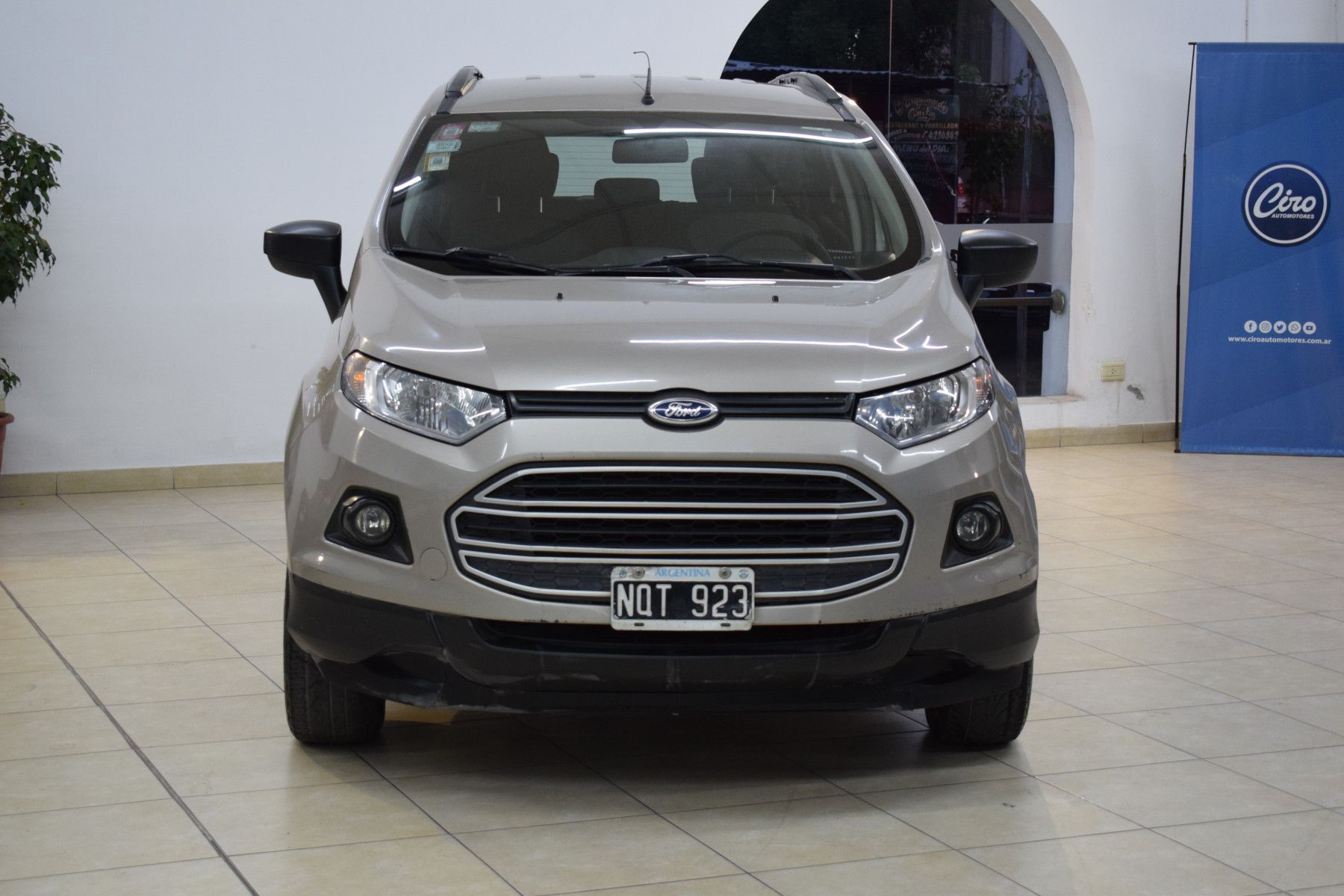 Ford ECO SPORT 1.6 SE              L 13  8