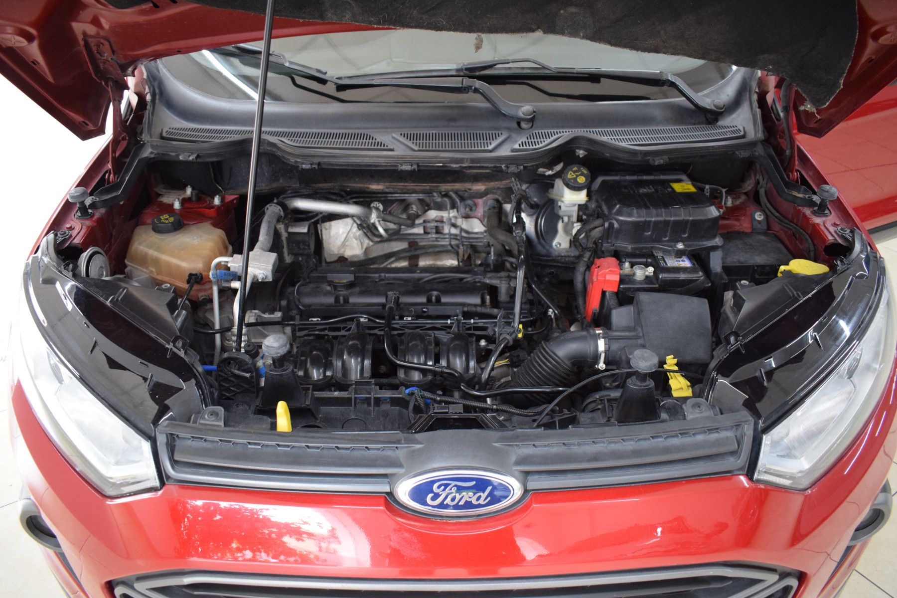 Ford ECO SPORT 1.6 FREESTYLE       L 13  16