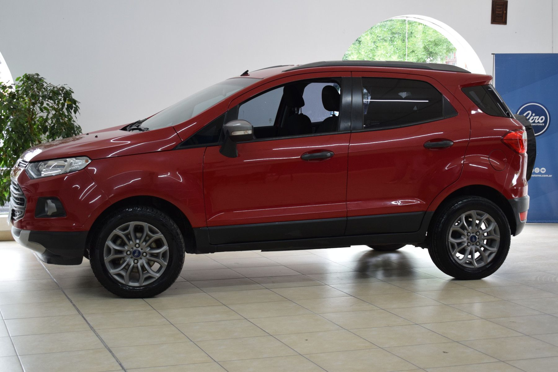 Ford ECO SPORT 1.6 FREESTYLE       L 13  7