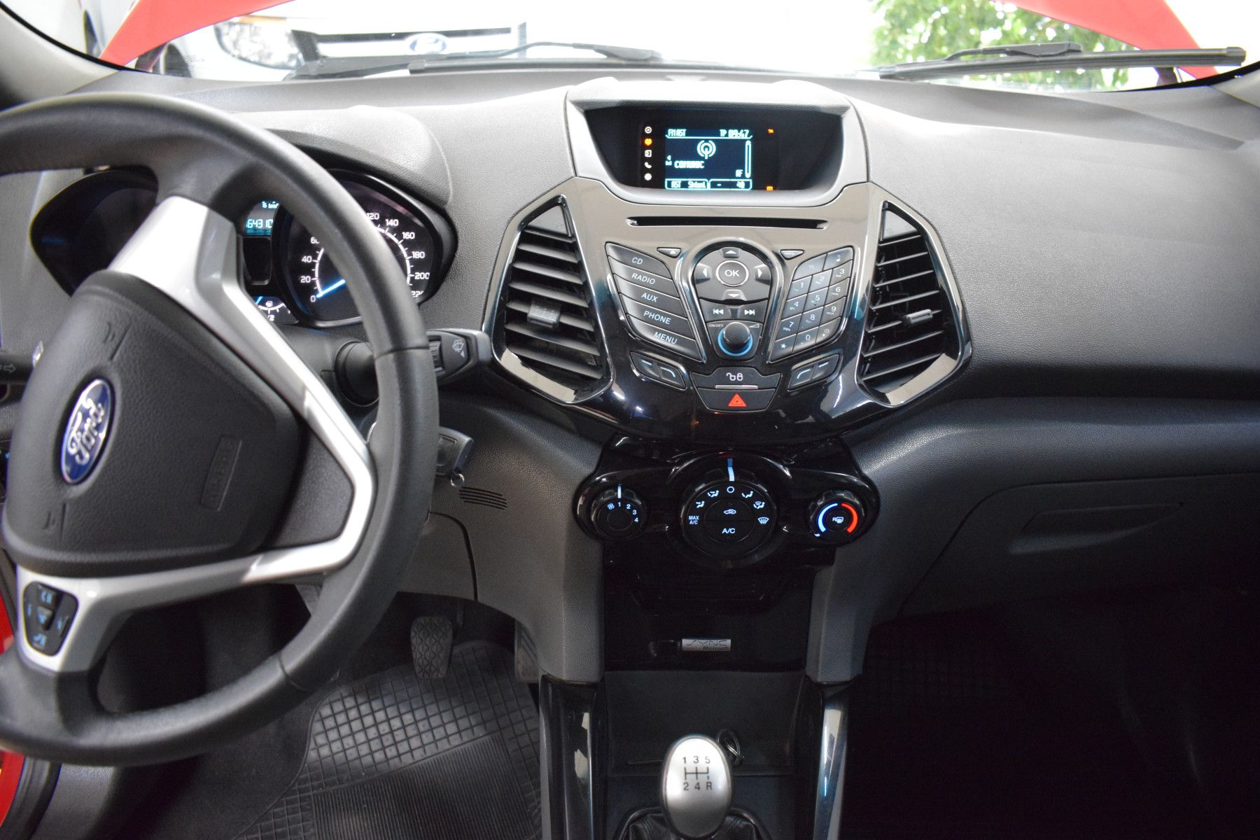 Ford ECO SPORT 1.6 FREESTYLE       L 13  8