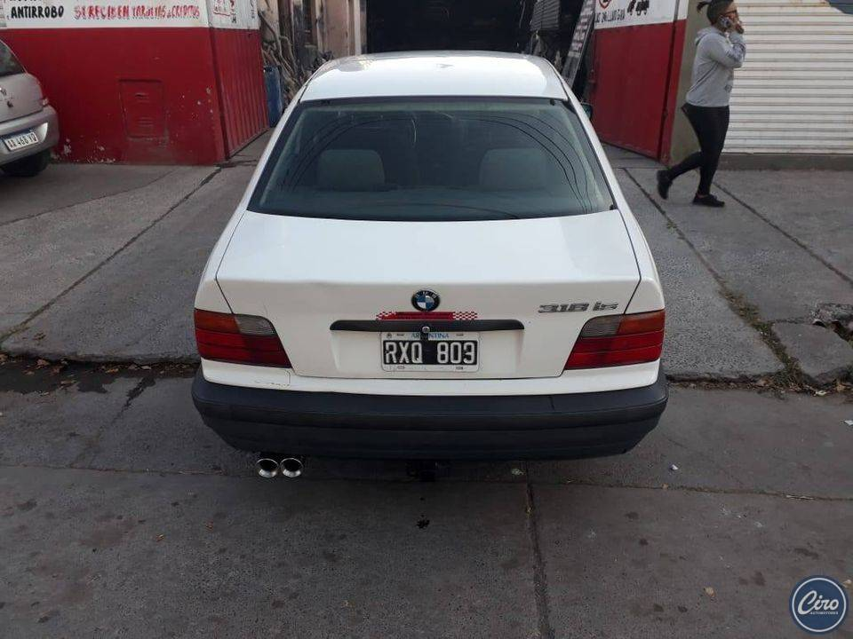 1994 BMW 318 is 2