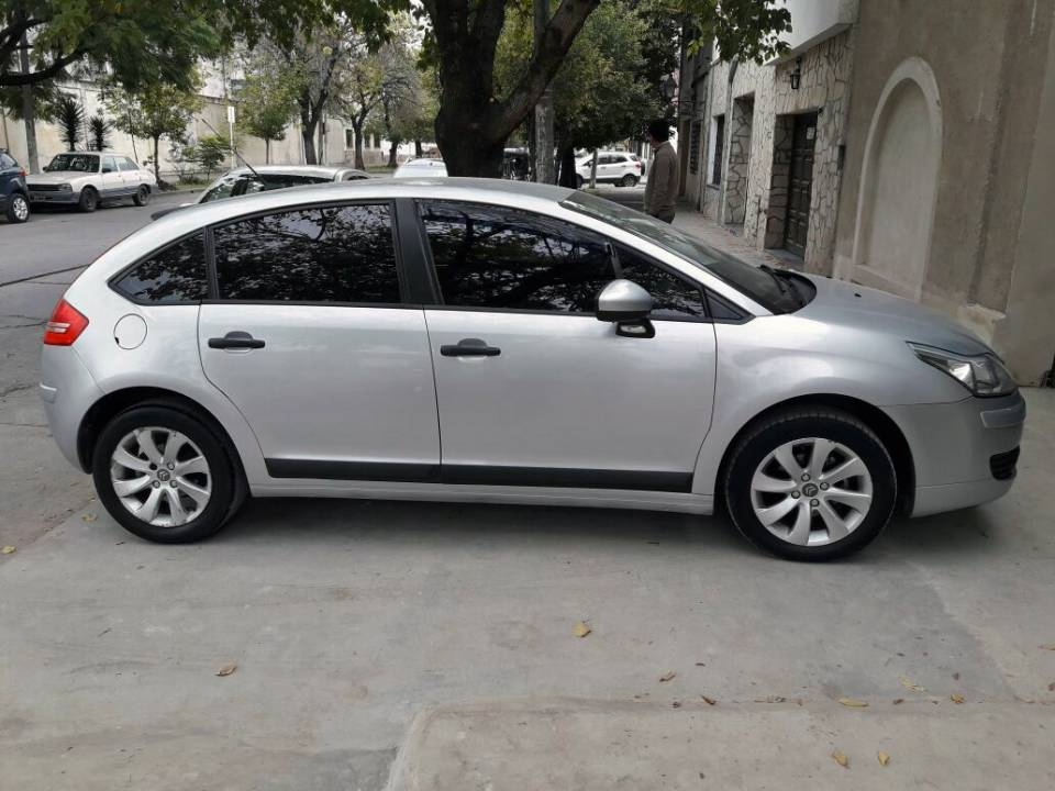 Citroen C 4  PACK LOOK 8